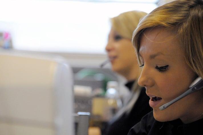 Les services à la clientèle s'appuient sur le contenu autant que sur le télémarketing pour assurer l'après-vente