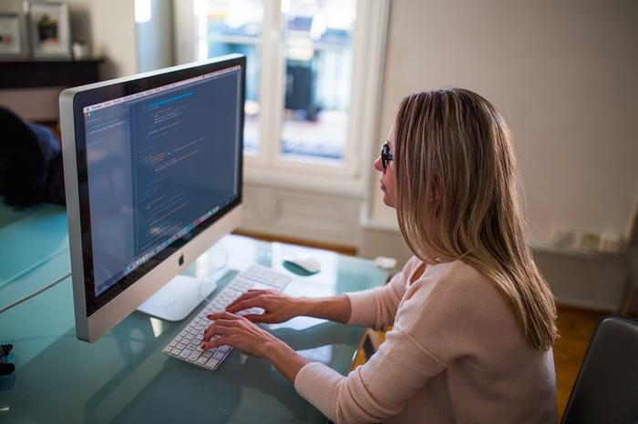 Pour attirer des développeurs, parlez le même langage qu'eux