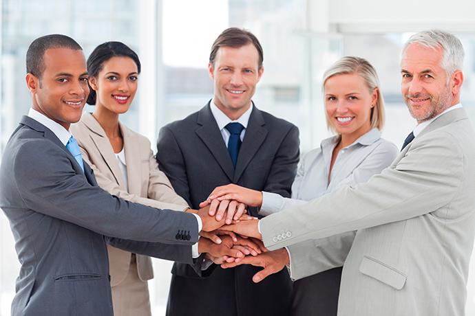 Vous faites vraiment une pile de mains avec vos collègues de bureau ?