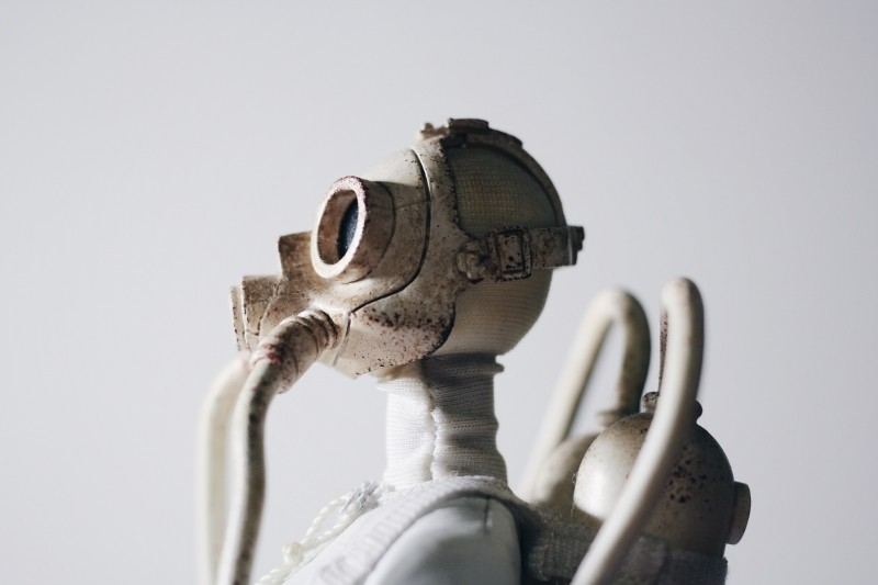 whiting-mask-toy-robot.jpg